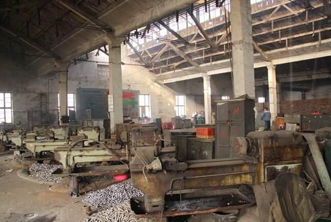长期回收倒闭厂矿,承接各类厂矿的拆除