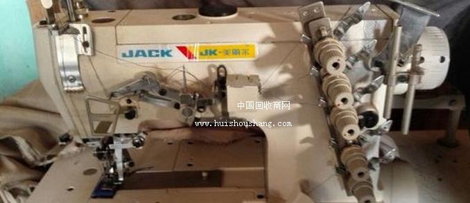 工厂急出售三针五线绷缝机2台 四线包缝机5台 五线包缝机 切条机 缝纫