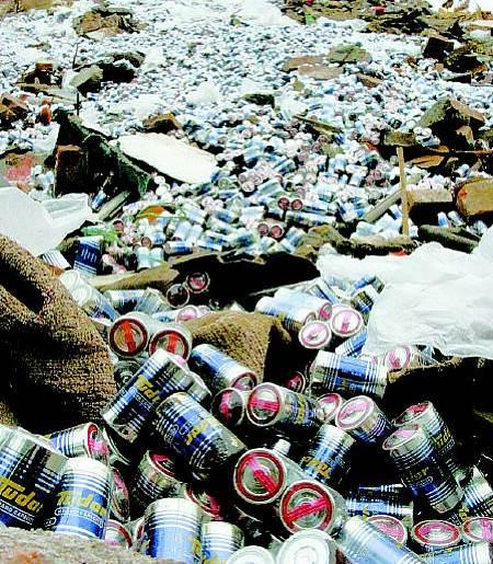 高价收购各种型号的大量废旧电池
