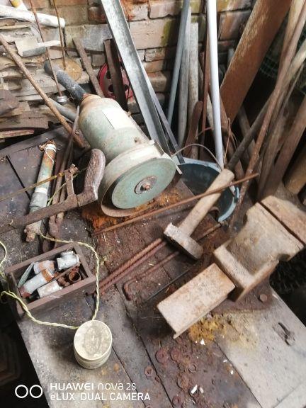 工厂低价急售车床  台钻  焊机  打磨机等