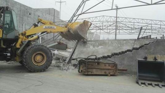 承接房屋拆除_倒闭厂钢构厂房拆除回收