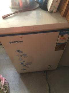 饭店低价急转冰箱 保鲜柜 真空机 微波炉 白钢水槽 白钢案板 白钢罐等