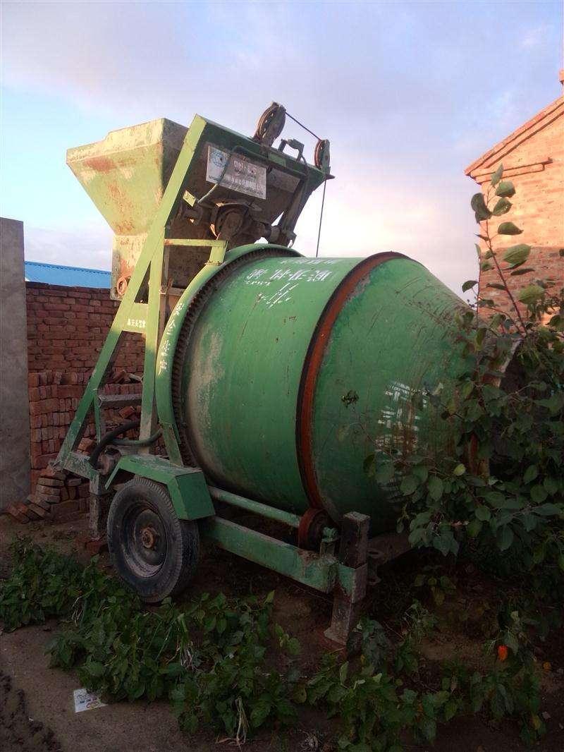 西南地区专业回收搅拌机