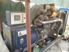 工厂处理300千瓦柴油发电机