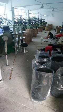 织带厂整厂设备低价转让织带机5台 拉纱机 大拉纱架 盘头100等设备一批