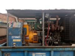 转让2台进口50千瓦帕金斯发电机组